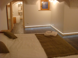 Cave Bedroom & Bathroom