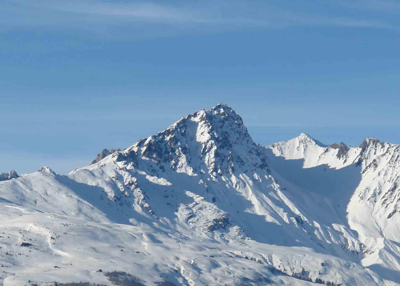 snowy-mountain-range-small.jpg
